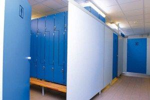 туалетные кабины и шкафчики локеры из HPL пластика