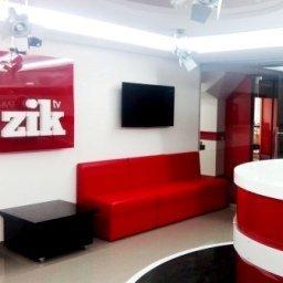 Стеклянные офисные перегородки для телеканала ZIK tv