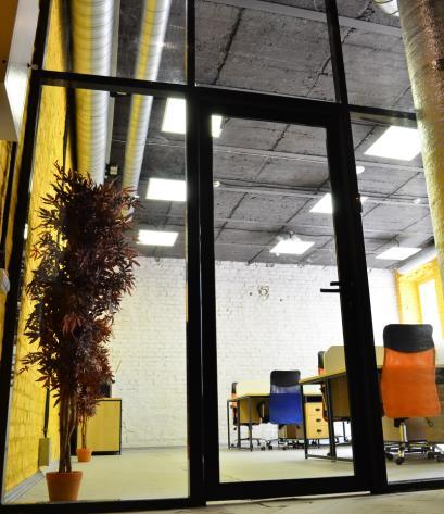 Перегородки офисные с заполнением стекло